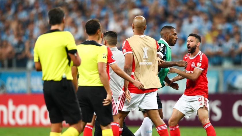 Copa Libertadores: Grêmio vs. Internacional, el partido sin goles y con ocho expulsados (FOTOS Y VIDEO)