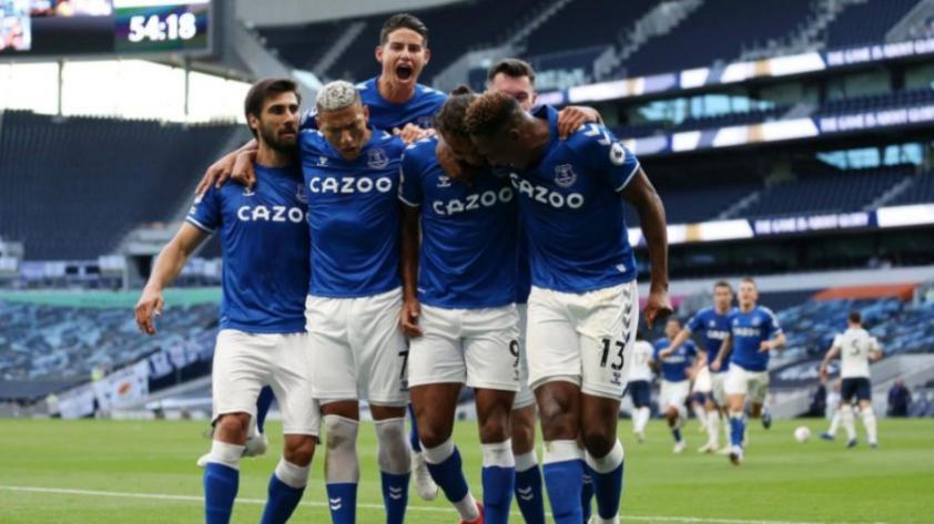 Con James Rodríguez: Everton ganó por 1-0 al Tottenham en la Premier League