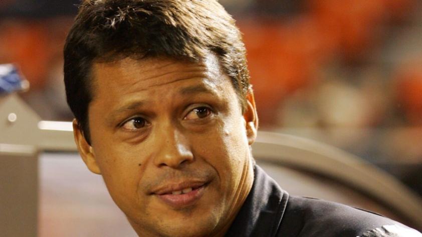27 días en Sporting Cristal: Alexis Mendoza y otros entrenadores que dirigieron poco tiempo en clubes (FOTOS)