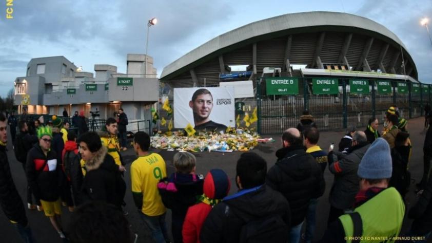 Emiliano Sala: el sentido homenaje de los hinchas y jugadores del FC Nantes (FOTOS Y VIDEO)