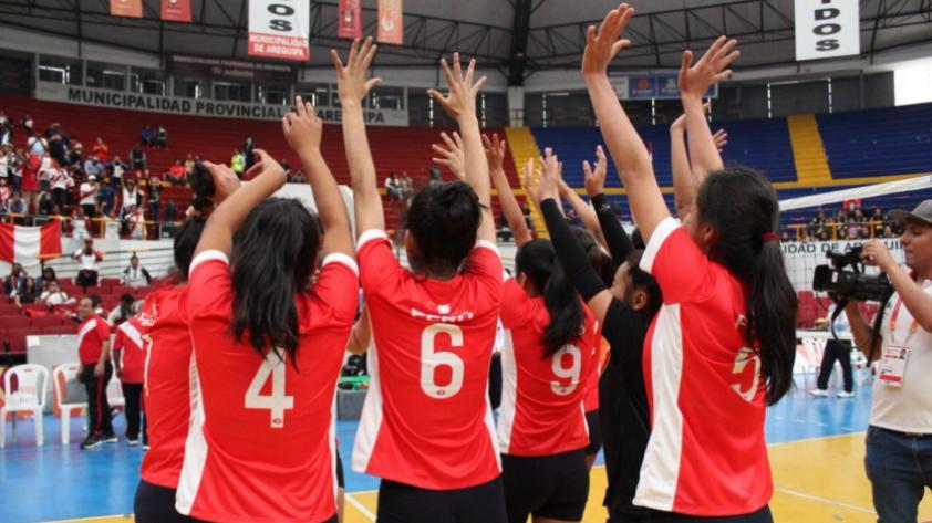 Perú consiguió medalla de oro en voleibol femenino de los XXIV Juegos Sudamericanos Escolares Arequipa 2018 (FOTOS)